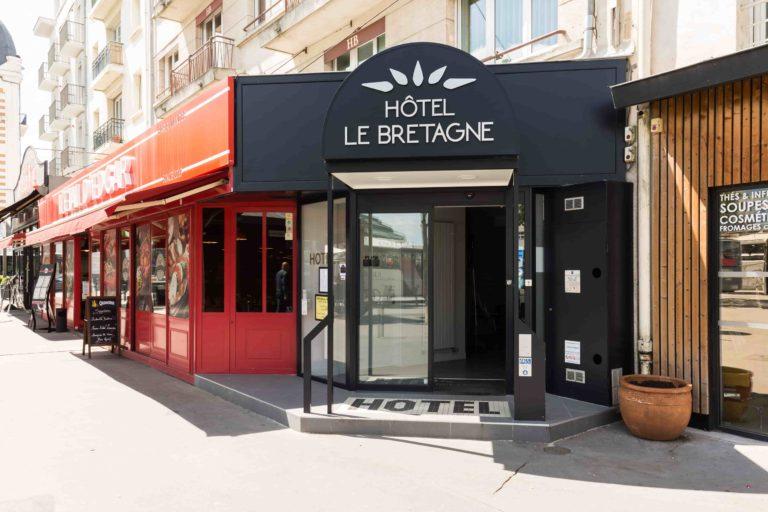 Hotel Le Bretagne Facade